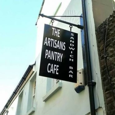 The Artisans Pantry and Sandwich Bar – VF