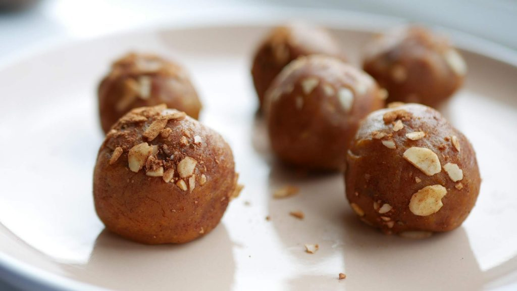 Pumpkin Spice Vegan Protein Ball Recipe